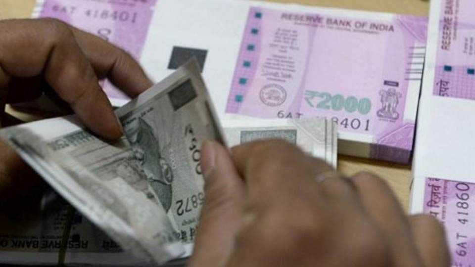 """Election Commission says, """"Only the cash! '"""