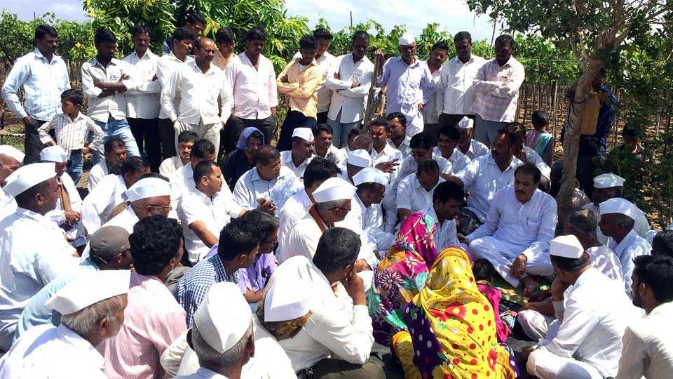 nashik news bhalerao suicide farmer strike marathi news maharashtra news