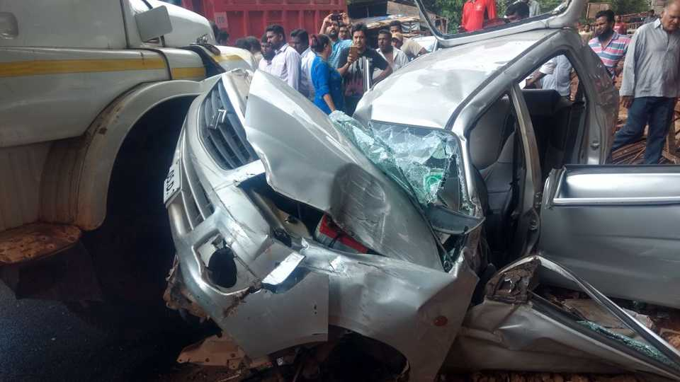Two injured in a car truck accident at Fonda Panji