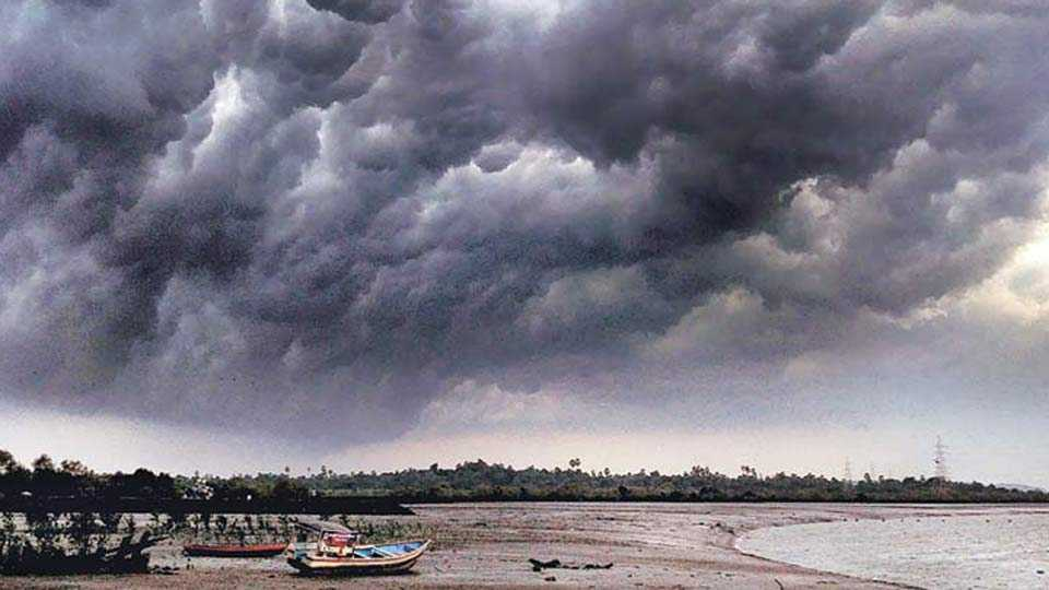 Monsoon to advance into Bay of Bengal by today