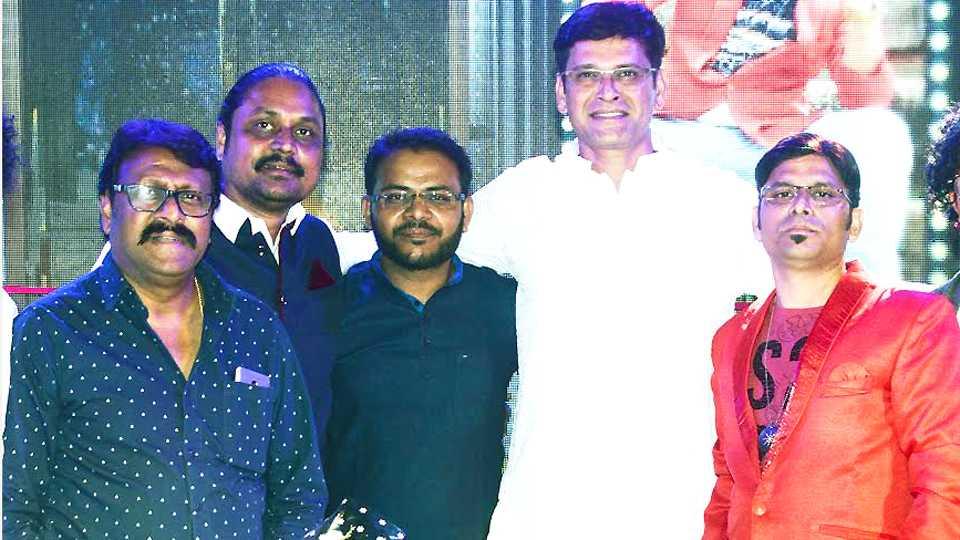 Aniket and pallavi new film esakal news