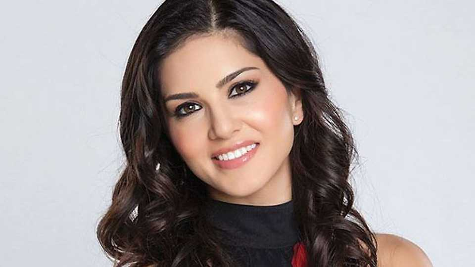 Sunny Leone to sizzle in a Marathi item song