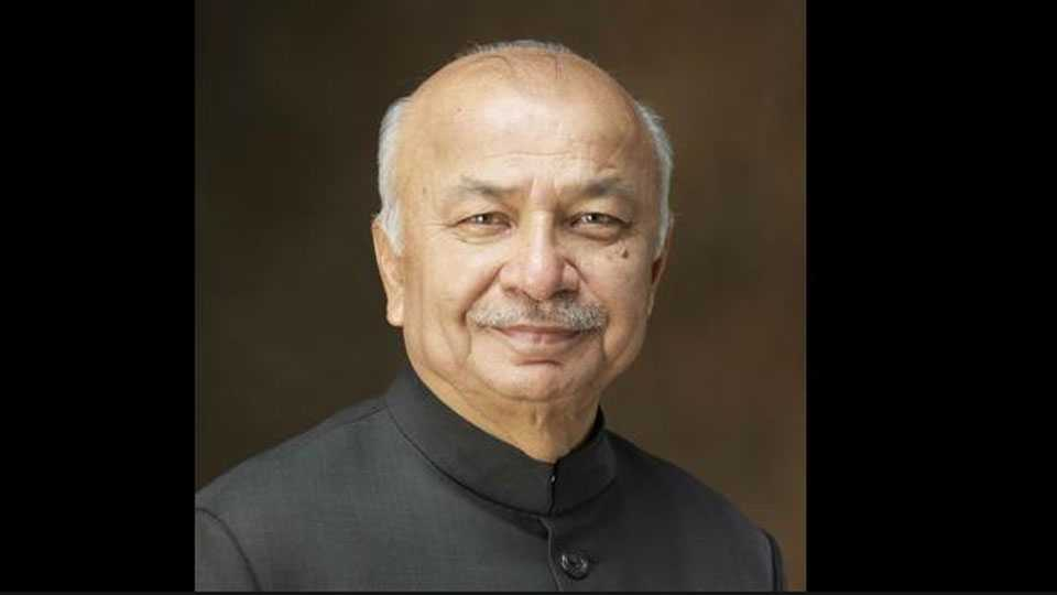 Sushilkumar shinde criticise on PM narendra Modi