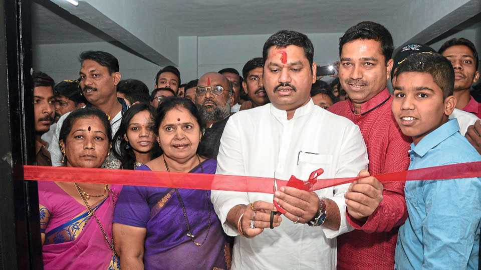 Dhananjay Munde in pune
