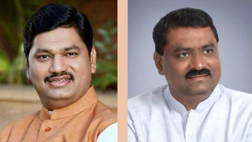 Dhananjay-Munde-and-Suresh-Dhas