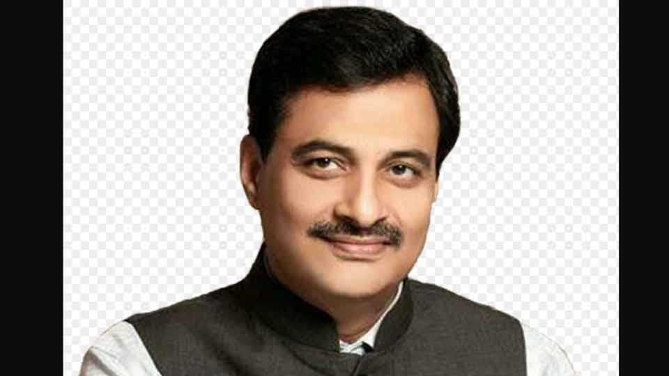 Dr.-Ranjit-Patil