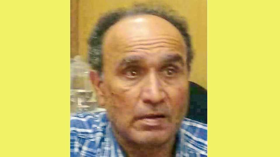 Dr.-Ravi-Gokhale