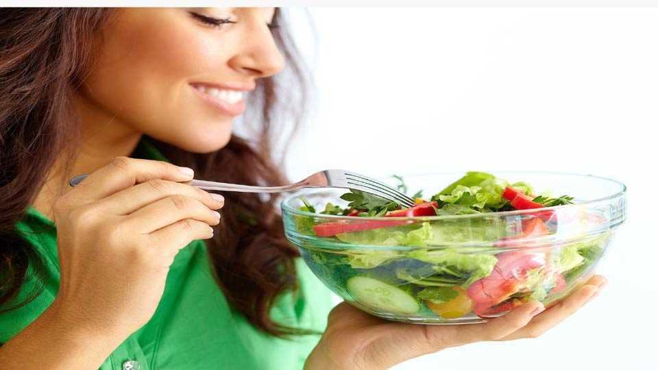 फळे आणि भाज्या महिलांसाठी हितकारक