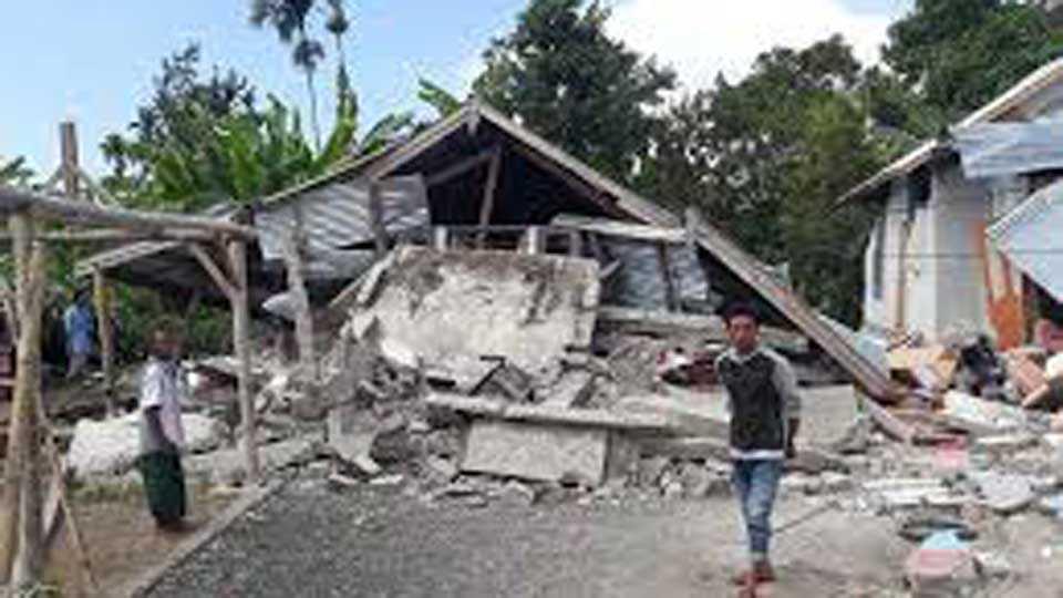 Fourteen killed in earthquake in Indonesia Hundreds injured