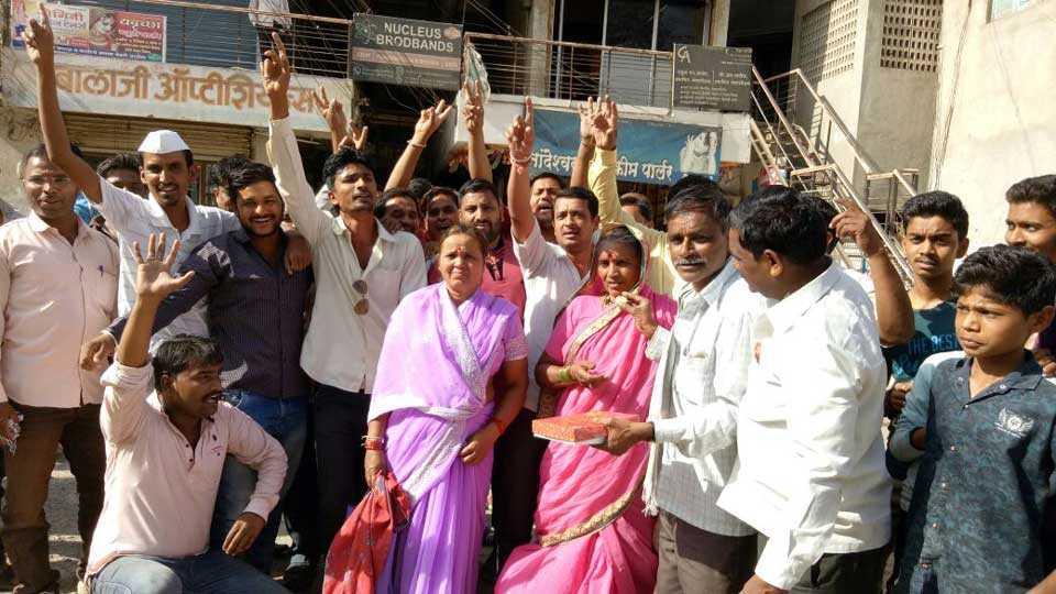 Bhujbal gets bail peoples enjoying in Nandgaon