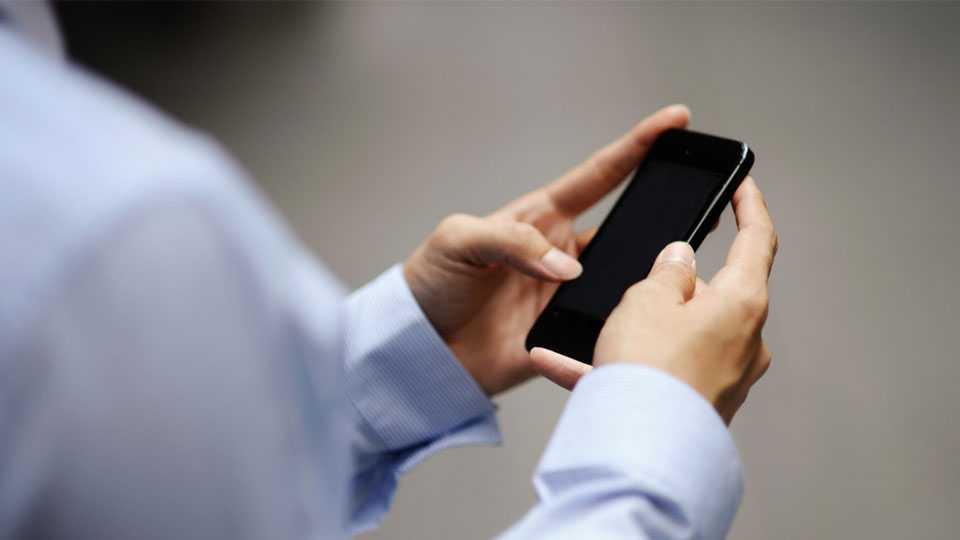 Phone use on road