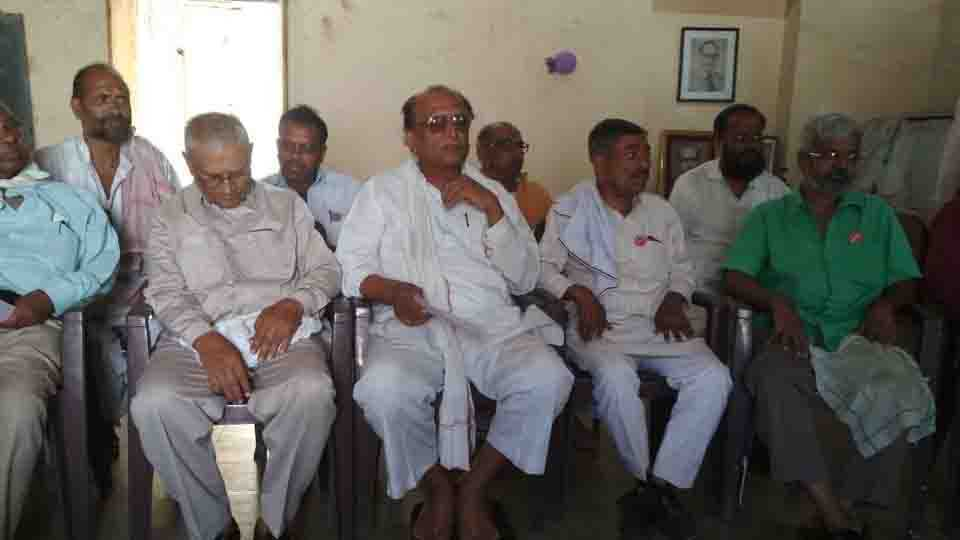 Government Farmers are affected says Raghunath Patil