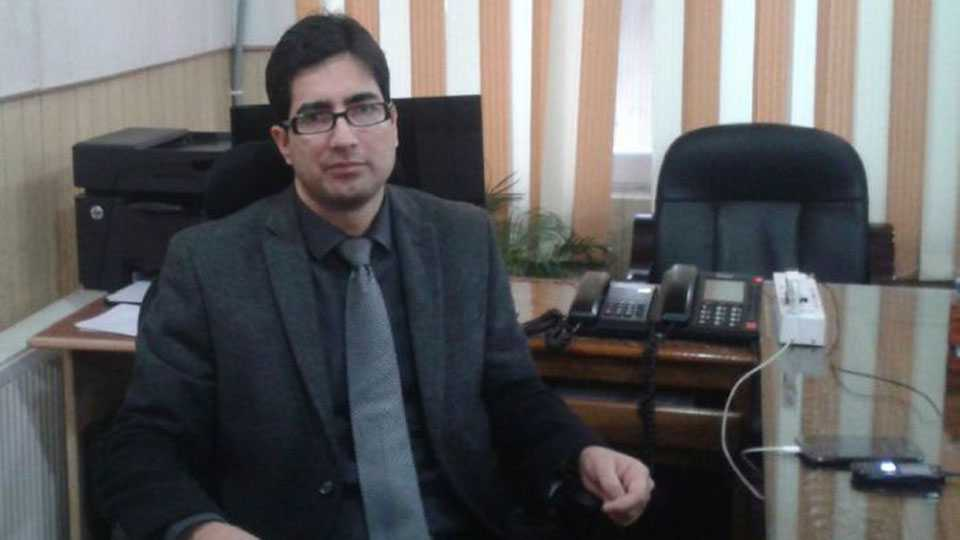 Jammu and Kashmir govt takes action against 2010 IAS topper Shah Faesal
