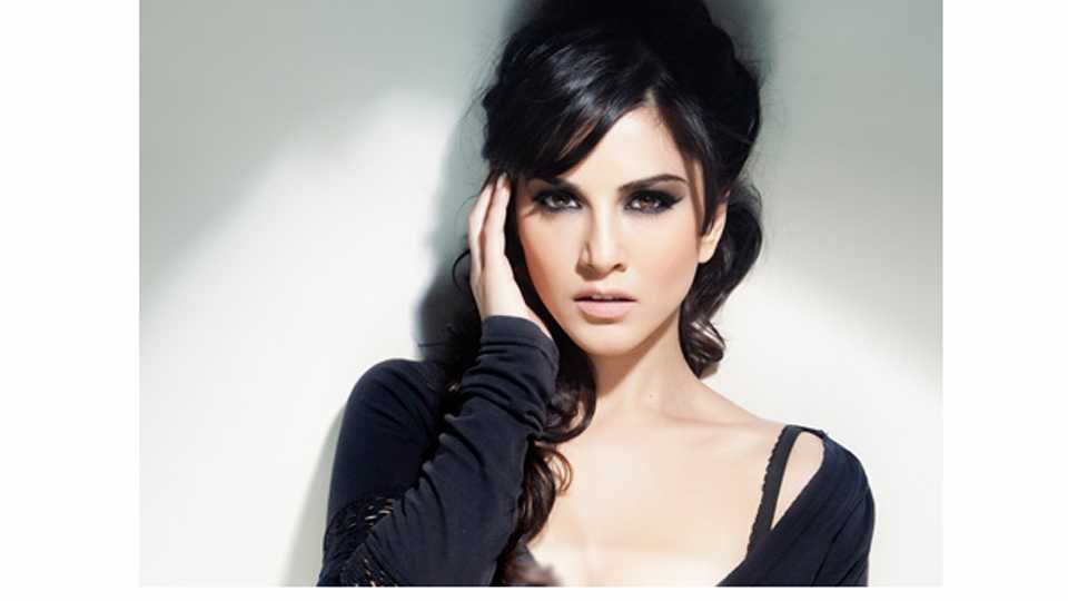 Rysa Saujani Who Will Play The Younger Version Of Bollywood Actress Sunny Leone