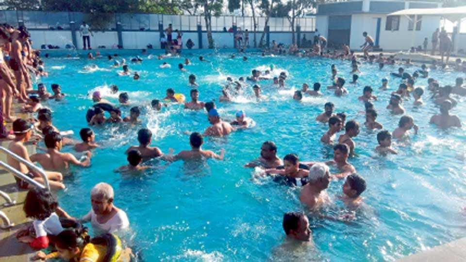 Swimming-Tank