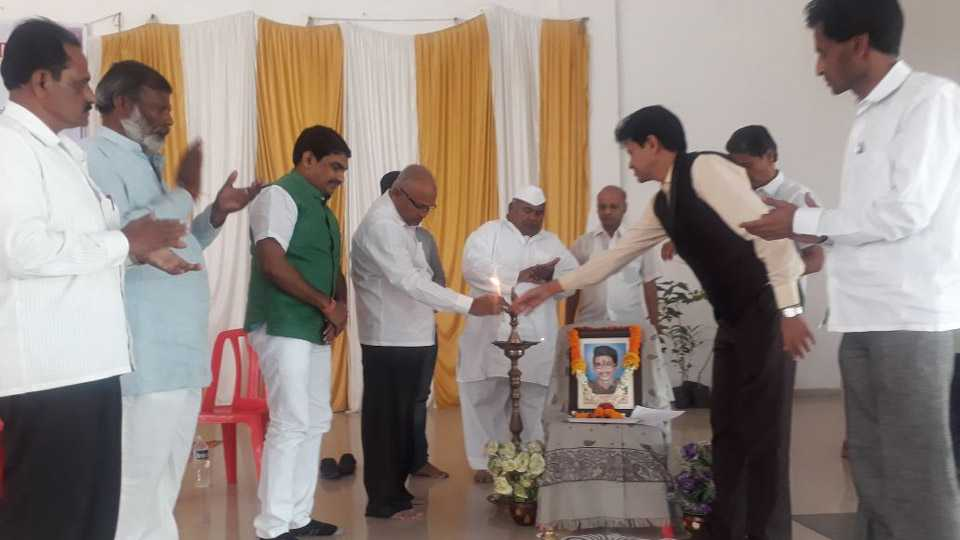 marathi news workshop for youth boys and girls