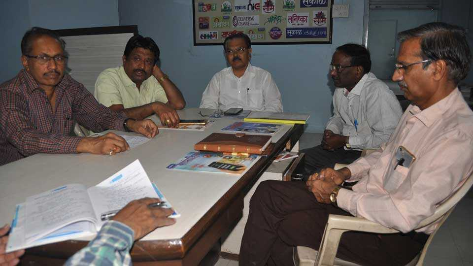coffee with sakal organised in sakal amravati office