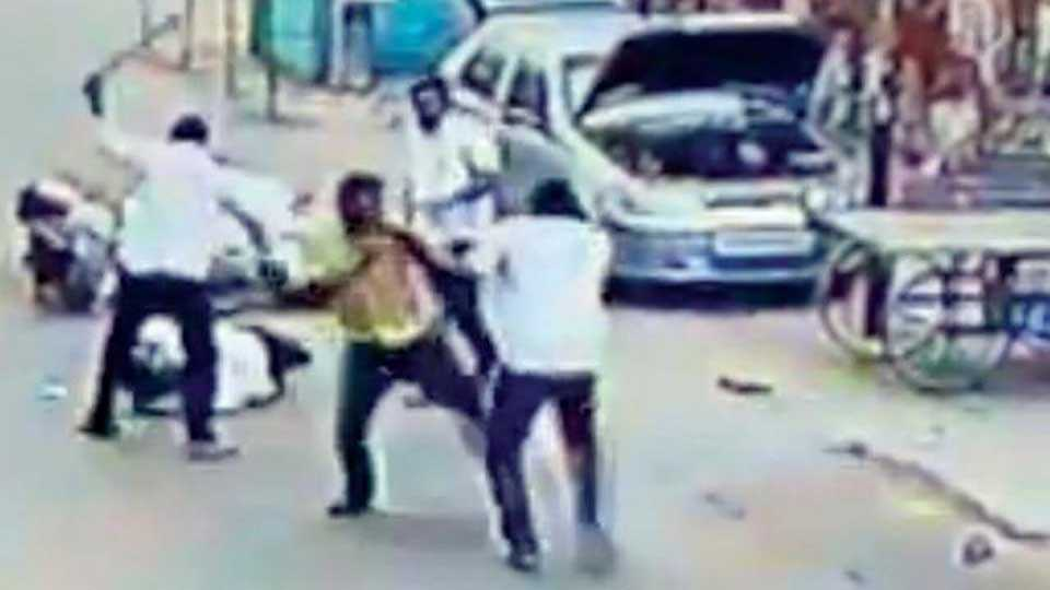 Chennai: Brutal murder of AIADMK ex-councillor caught on camera
