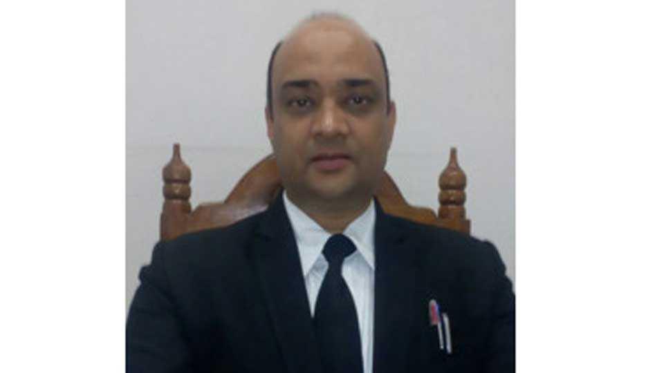 Special public prosecutor misar risks his life