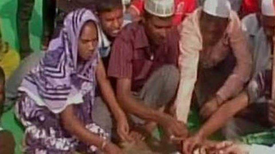 Ghar Wapsi: 22 Muslims convert into Hinduism in Faizabad, UP