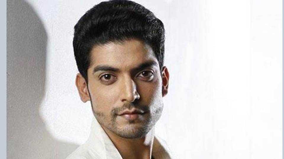 gurmeet choudhary web series host