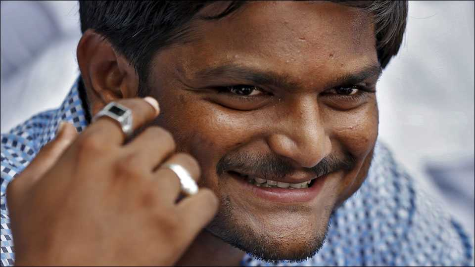 Hardik Patel returns to Gujarat