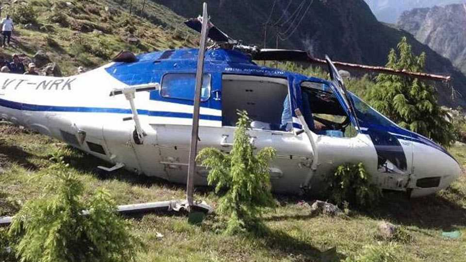 One killed as helicopter crashes in Badrinath