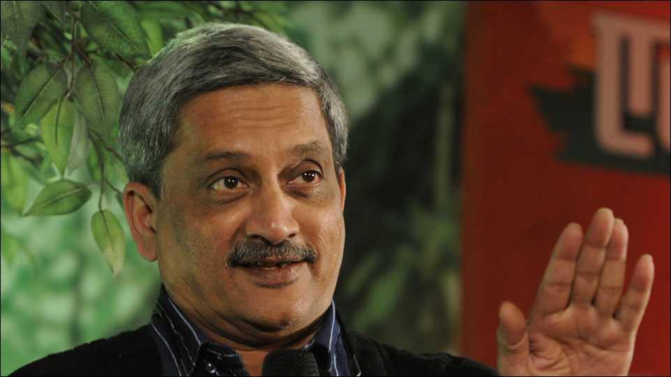 Goa needs knowledge revolution says Manohar Parrikar