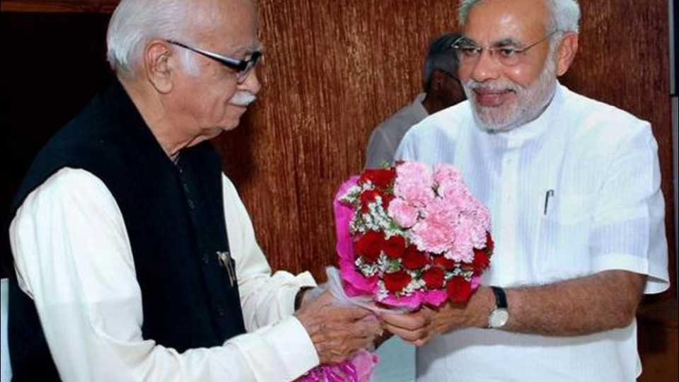PM Modi wishes LK Advani on birthday