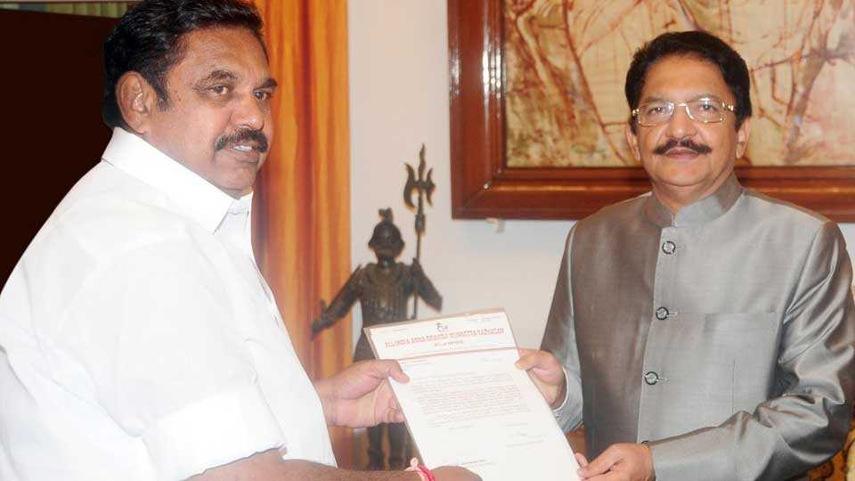Governor C Vidyasagar Rao invites Palanisamy to form govt