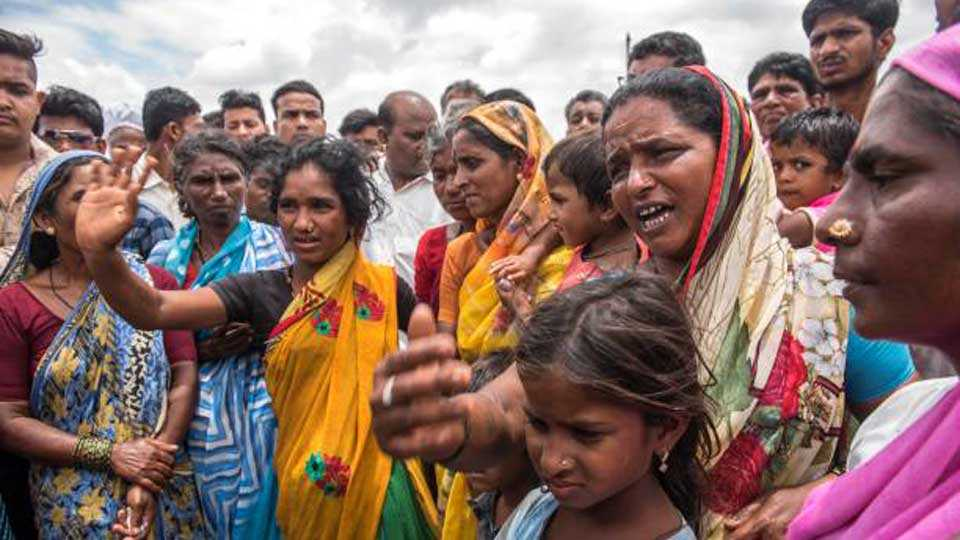 Nathpanti Dwari Gosavi community protest
