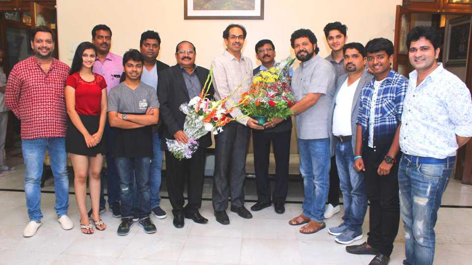 boyz team meets udhdhav thakarey esakal news