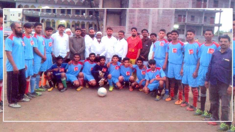 Maharashtra football team goes to MP for national competitionq