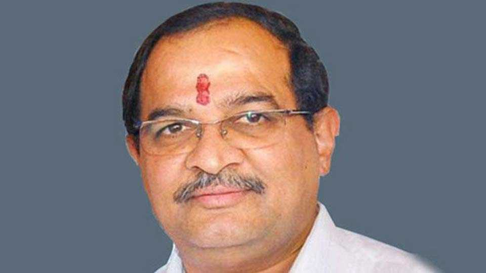 Governments farmer debt waiver only for self promotions says Vikhe Patil