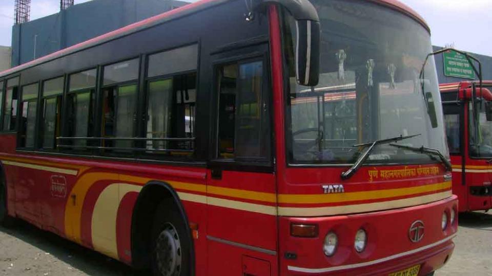 पीएमपीच्या नव्या बस वैविध्यपूर्ण
