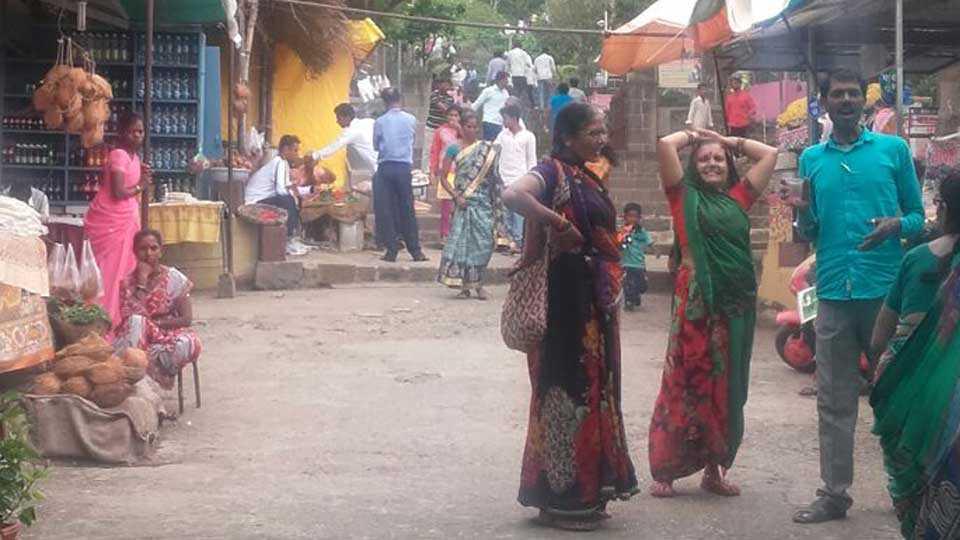 Ganesh Chaturthi lenyadri datta mhaskar marathi news junnar news pune news