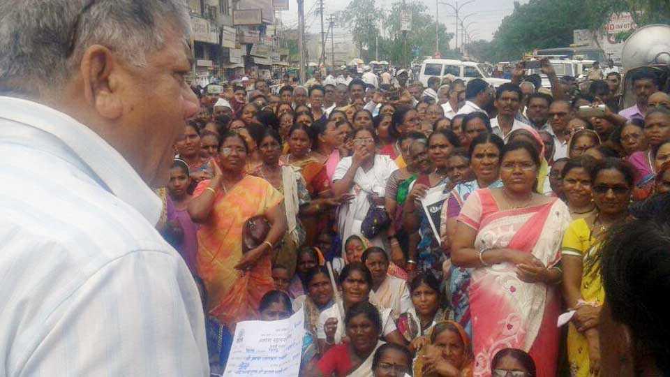 marathi news akola news agiation corporation mahapalika news