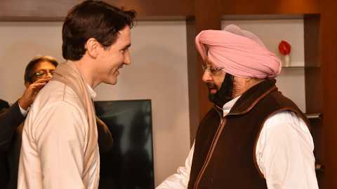 justin trudeau with Captain Amrinder Singh