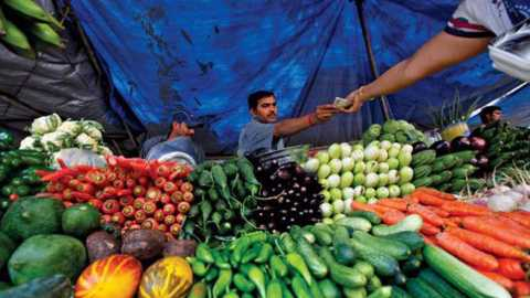 India's wholesale price inflation marginally up in December