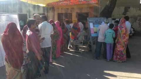 voting in Akola