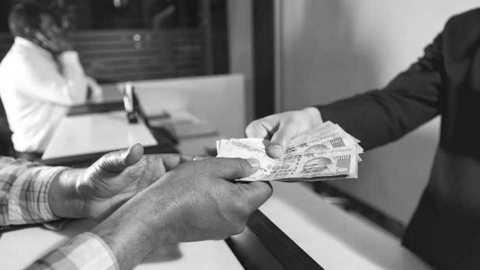 marathi news illegal money lender akola news maharashtra news