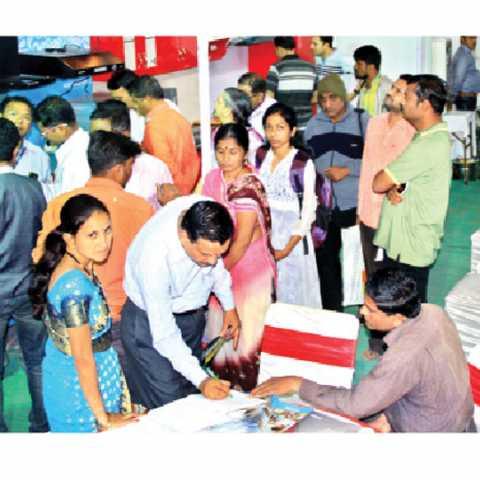 sakal shopping festival